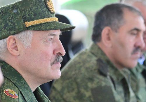 Америка должна возглавить международный ответ на кризис с правами человека в России